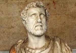 Greek statuecopy 2