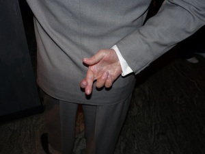 Crosed fingers